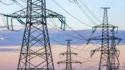 Кабмин намерен сохранить фиксированную цену на электричество для населения