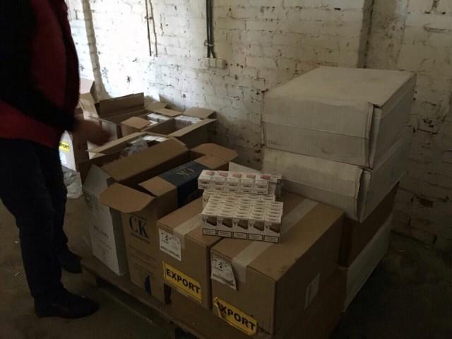 В Константиновке и Торецке обнаружены подпольные склады с контрафактной продукцией (ФОТО)