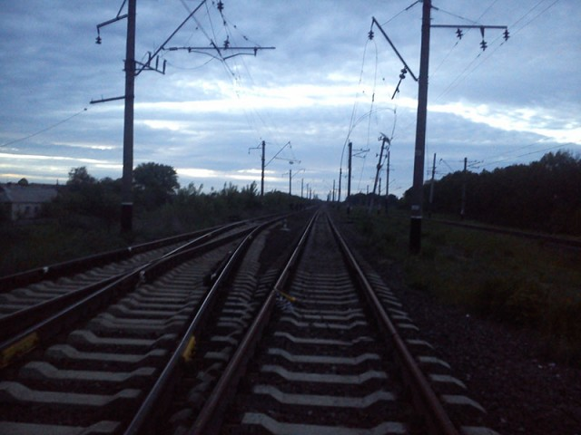В Константиновке задержан вор, который совершал кражи провода контактной сети на железной дороге