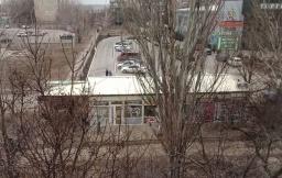 В Константиновки жители многоэтажки возмущены происходящим под своими окнами