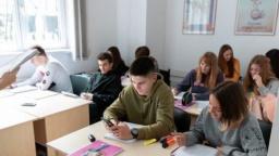 В Константиновке для учеников 10-11 классов утвердят профильное обучение