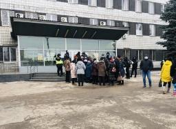 Жители Константиновки продолжают протестовать против повышения тарифов