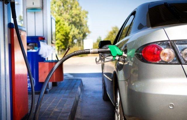 После введения госконтроля, с заправок начал исчезать бензин