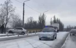 ДТП в Константиновке: Ланос вылетел за пределы дороги