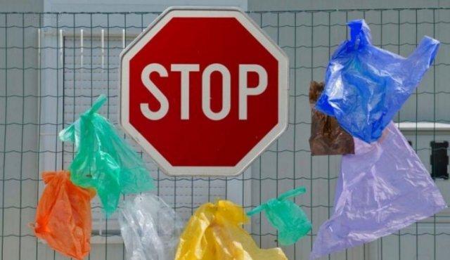 Отказ от пластиковых пакетов: эксперт рассказал, вырастут ли цены в магазинах