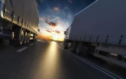 По дорогам Украины ограничено движение грузовиков