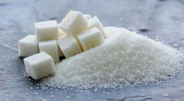 В Украине из-за дефицита дорожает сахар - СМИ