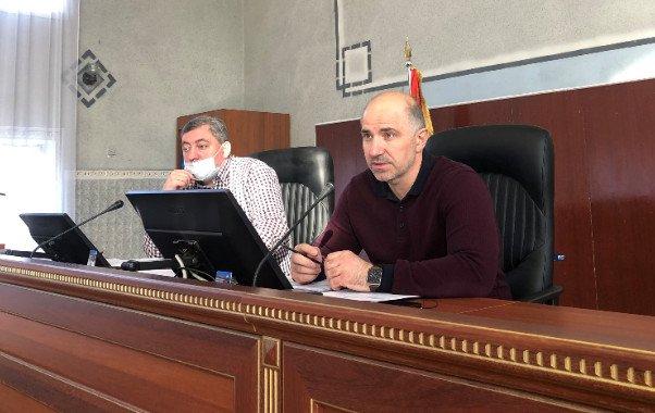 В Константиновке граждане предлагают отменить городскому голове премию