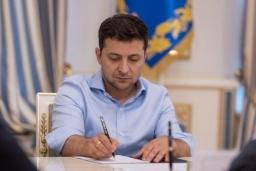 Зеленский подписал закон о коллекторах