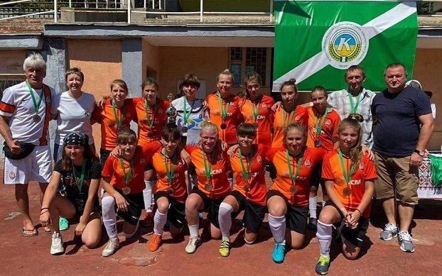 Юные футболистки из Константиновки успешно выступают в соревнованиях Всеукраинского уровня