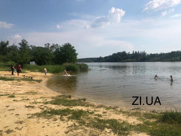 Купальный сезон в Константиновке: Как выглядят места отдыха у воды