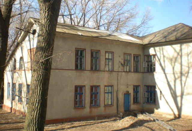 Примечательная архитектура: Больница №2 в Константиновке