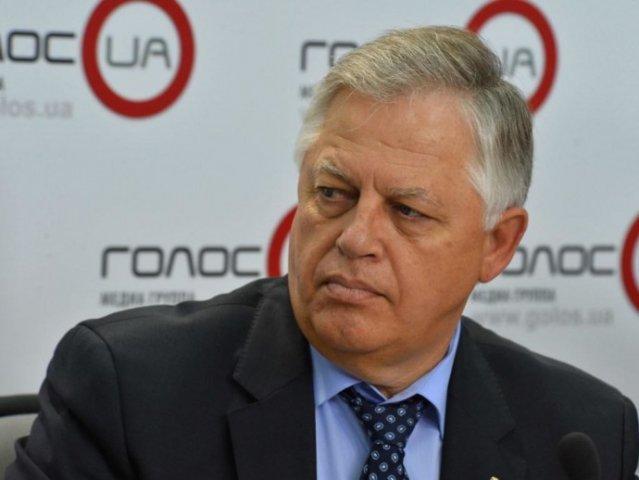 Украинской власти выгодна политика милитаристского угара - Симоненко
