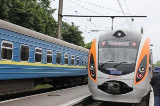 «Укрзализныця» назначила дополнительный поезд из Константиновки в Киев