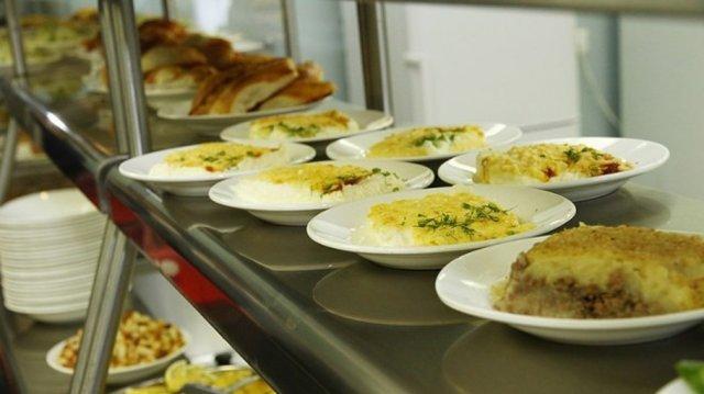 В Константиновке пересмотрят организацию питания в учебных заведениях