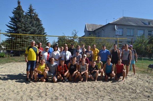 В Константиновском районе состоялись областные соревнования по пляжному волейболу